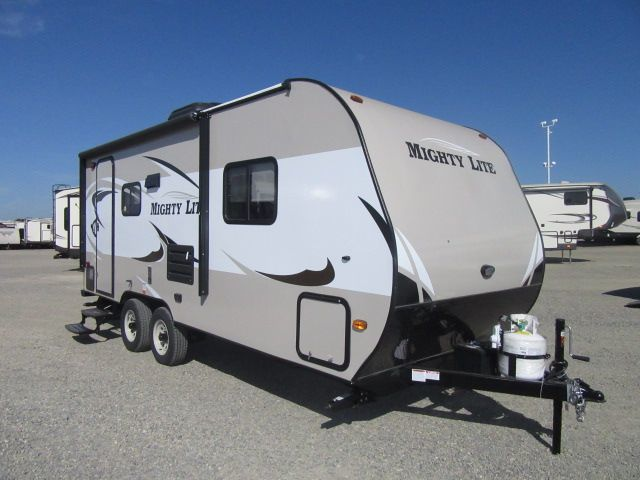 2017 Pacific Coachworks Mighty Lite 18RBS Dry Weight 3320