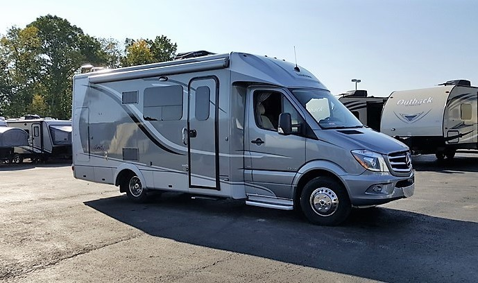2014 Leisure Travel UNITY 24MB MURPHY BED 716-748-5730