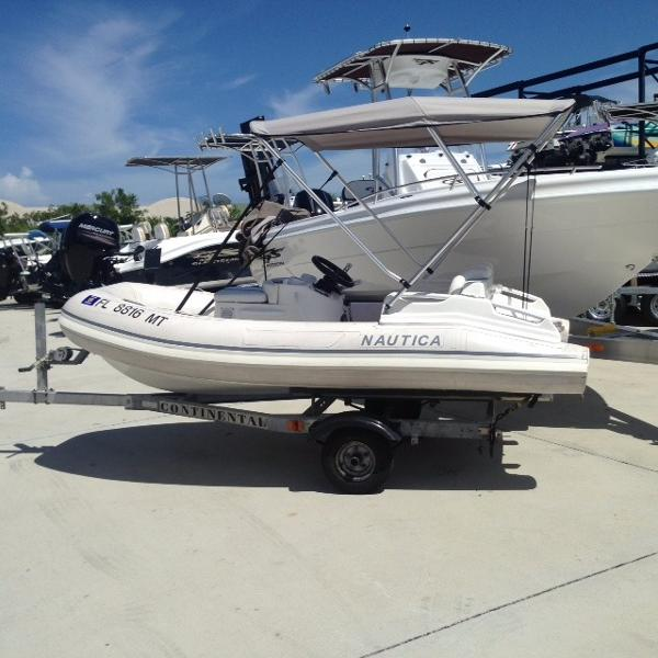 2002 NAUTICA INTERNATIONAL 10 Jet