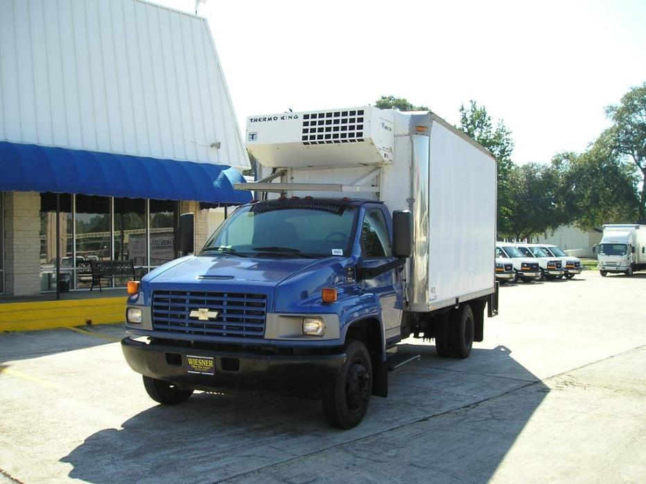 2003 Chevrolet C4500 Reg Cab With 14ft Refrigerated Body - Diesel Refrigerated Truck