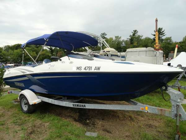 Yamaha 2000 ls sport boat boats for sale for Yamaha jet boat reliability