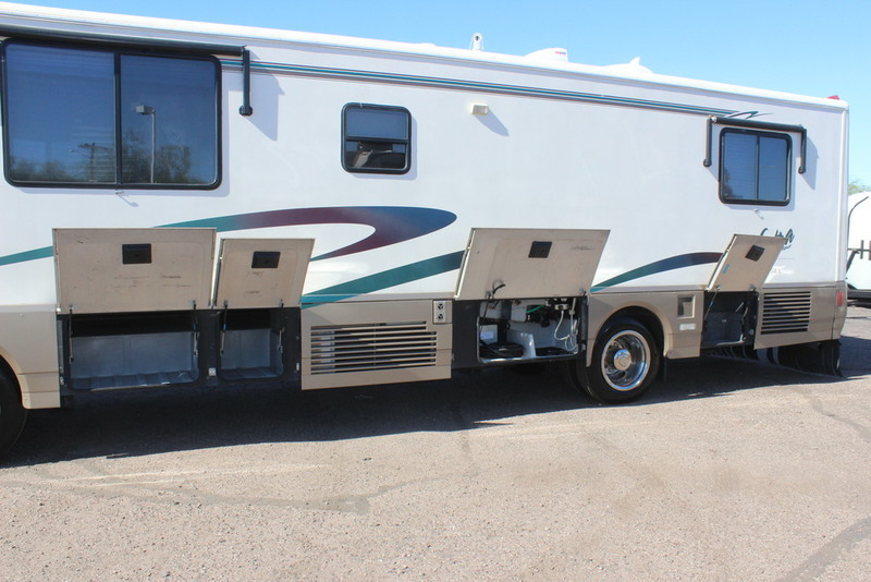 Winnebago Vectra Grand Tour Vehicles For Sale