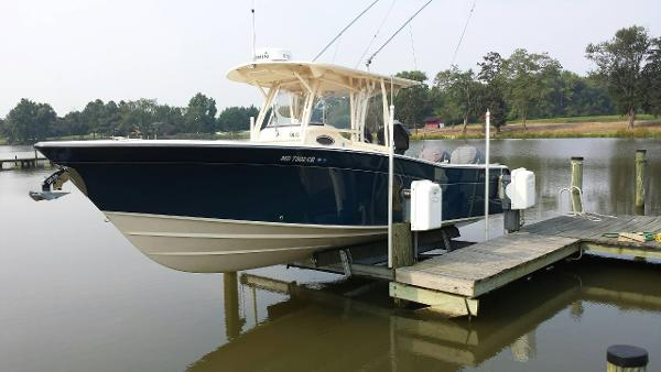 2015 Grady-White 306 CANYON with HELM MASTER
