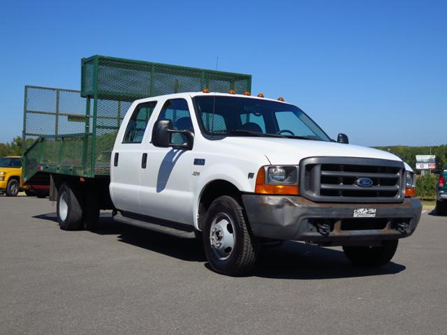 2001 Ford Super Duty F-350 Drw  Cab Chassis