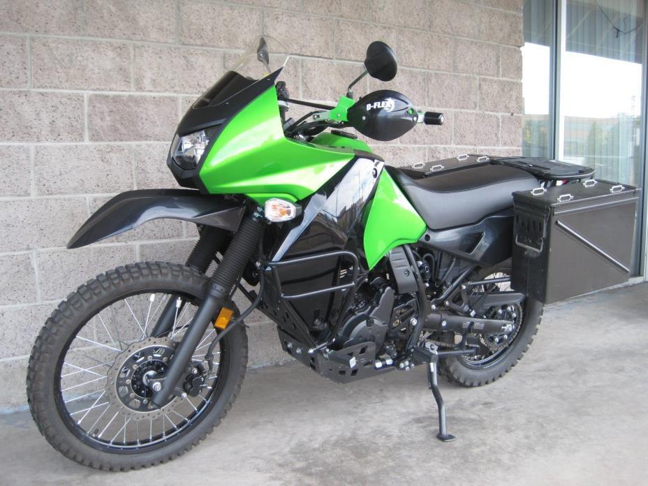 2016 Kawasaki Ninja 300 ABS Metallic Matte Carbon Gray