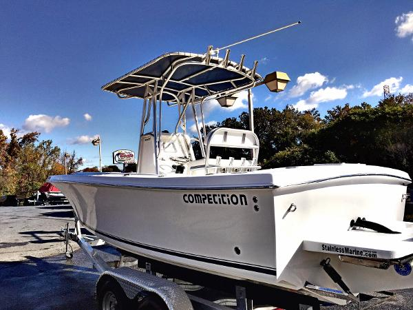 2016 Competition 22Tournament Center Console