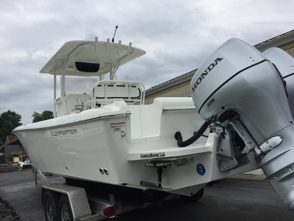 2017 Clearwater 25 Salt Water Center Console