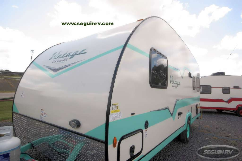 2017 Gulf Stream Vista Cruiser 19 ERD