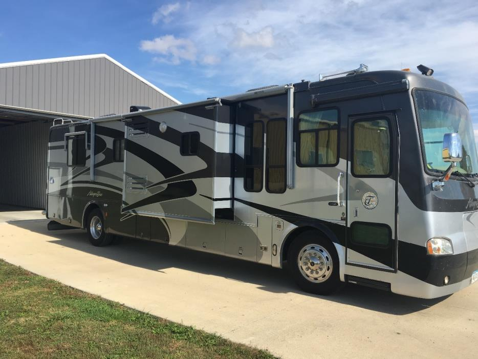 2004 Tiffin Motorhomes ALLEGRO BUS 38TGP