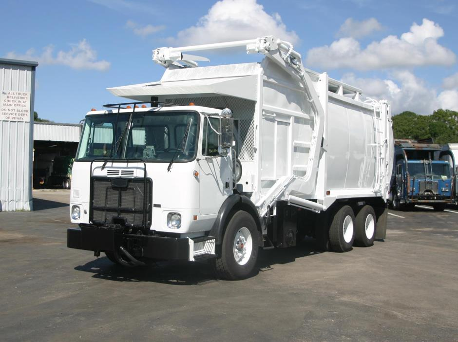 2008 Autocar Xpeditor Garbage Truck