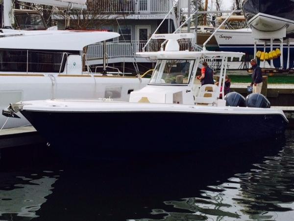 2015 Edgewater 320CC