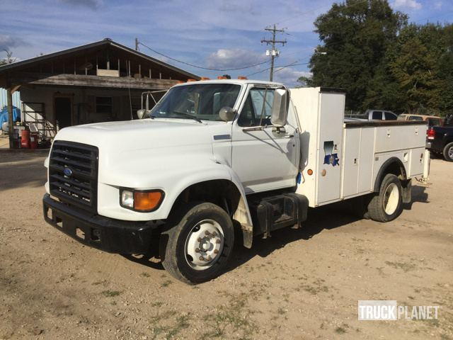 1995 Ford F-800  Utility Truck - Service Truck