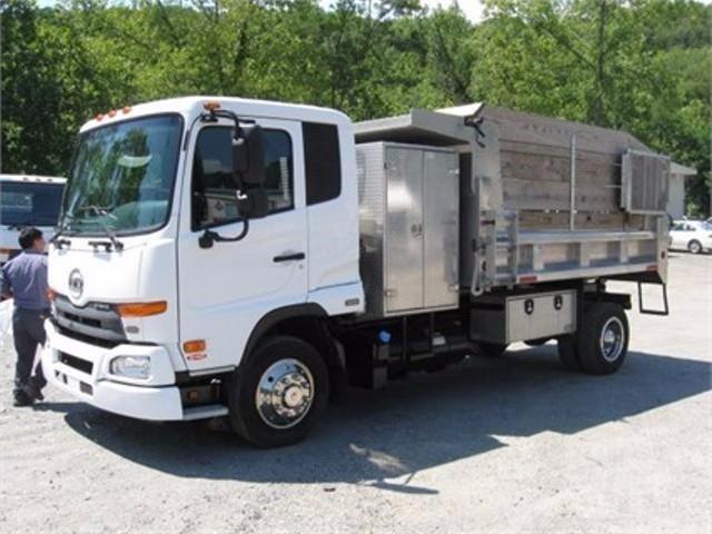 2012 Ud Trucks 2300lp Dump Truck