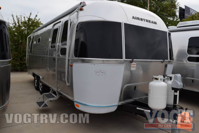 2017 Airstream Flying Cloud 26U