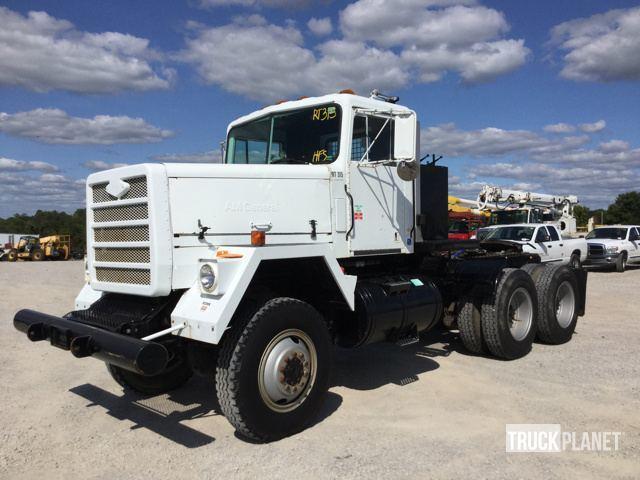1980 Am General M916 6x6  Winch Truck