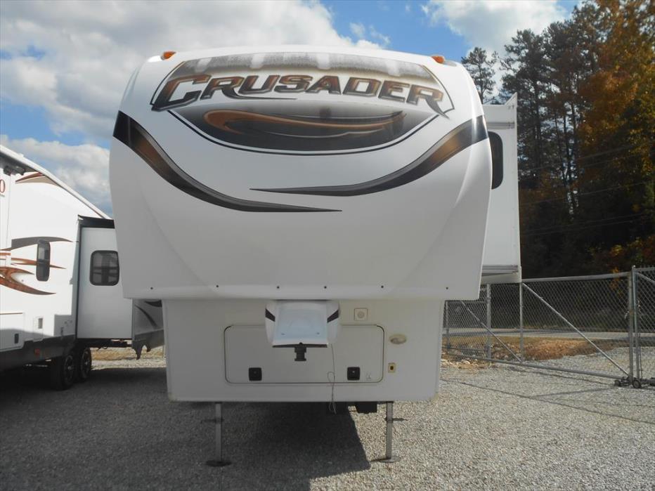 2012 Prime Time Crusader 320RLT