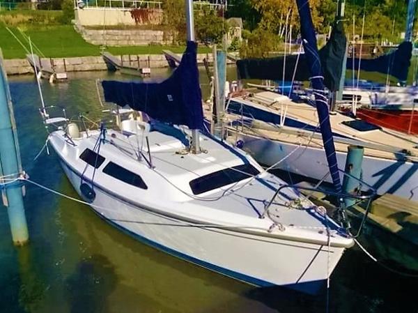 2007 Catalina 250