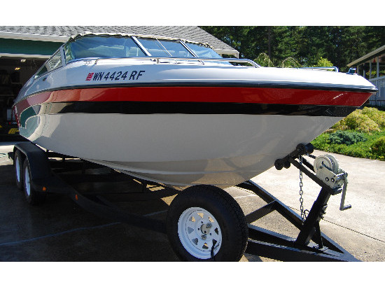 1995 Blue Water Boats Marque