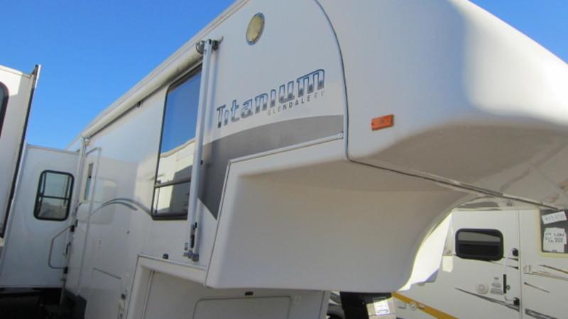 2005 Glendale Titanium 34E39QS