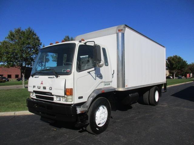 2005 Mitsubishi Fm260 Moving Van