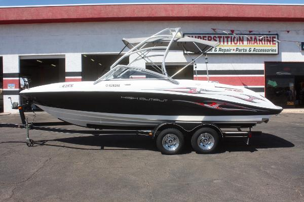 Bowrider boats for sale in apache junction arizona for Yamaha ar230 boat cover