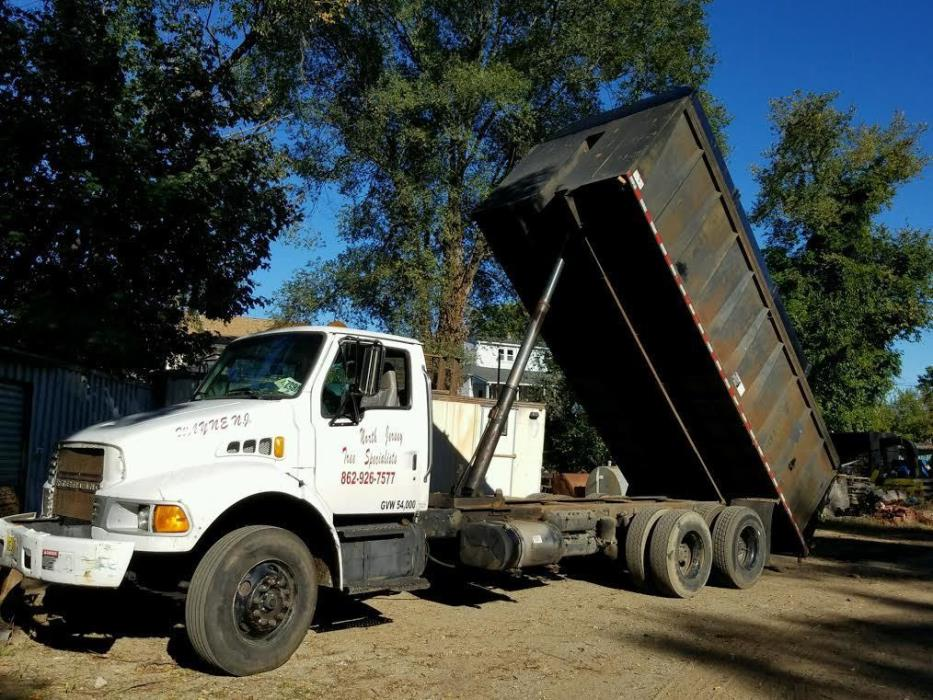 2002 Sterling L9500  Chipper Truck