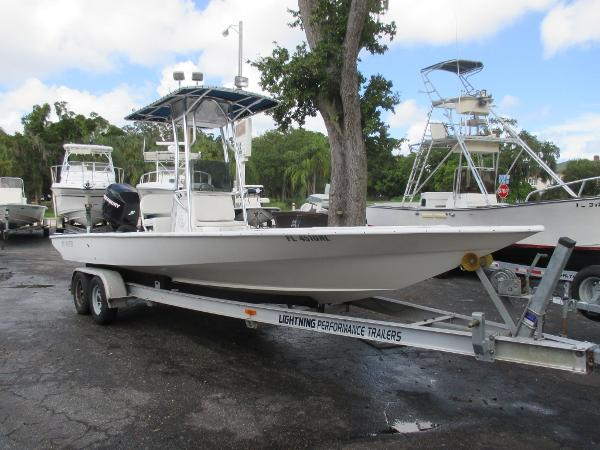 2007 Lightning Power Boats 25 Bay Master