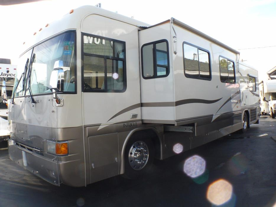 1998 Country Coach Intrigue 40'