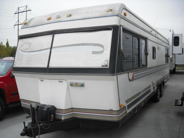 1983 Holiday Rambler IMPERIAL 32'