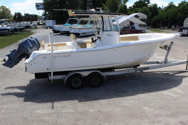2008 Key West 268 Bluewater