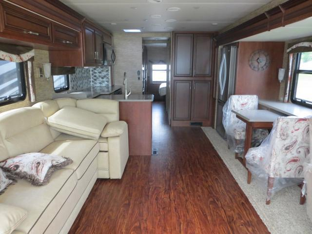 2017 Newmar CANYON STAR 3914