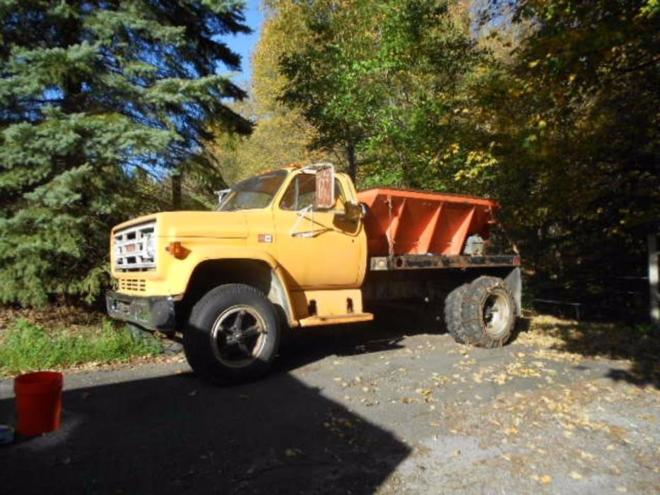 1984 Gmc C6000 Flatbed Truck