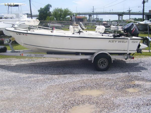 2010 Key West 1720 Sportsman
