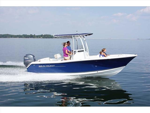 2016 Sea Hunt 210