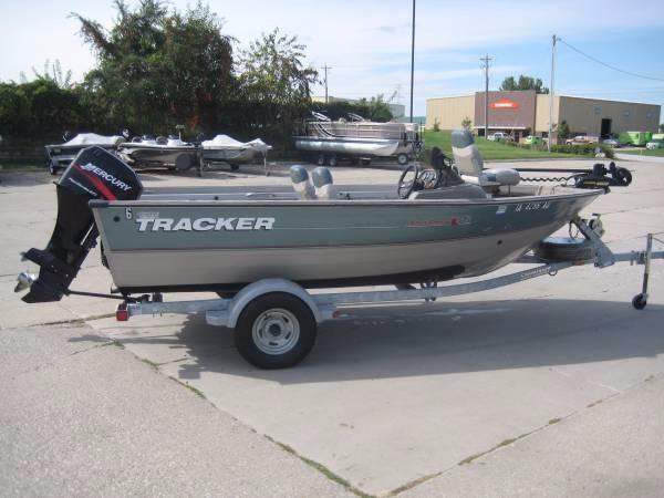 2002 Tracker Pro Deep V 16 SC