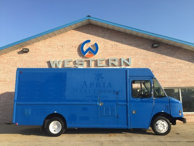 2006 Freightliner Mt45  Food Truck