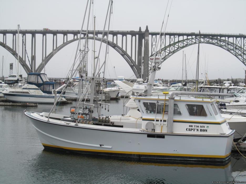 Beck Bowpicker, Tuna Troller, Salmon Troller, Commercial Fishing Boat, Fishing...