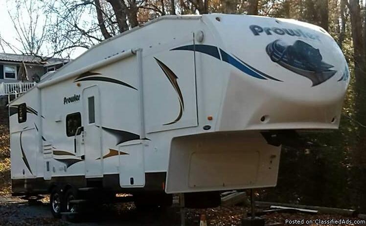 2013 Heartland Prowler Fifth Wheel