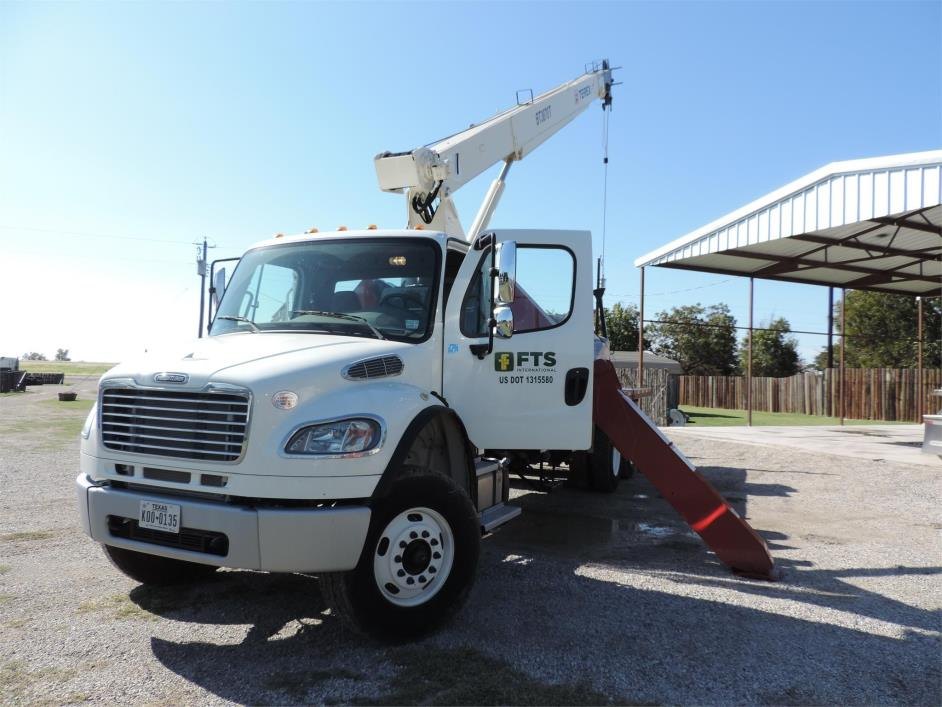 2013 Freightliner Business Class M2 106  Bucket Truck - Boom Truck
