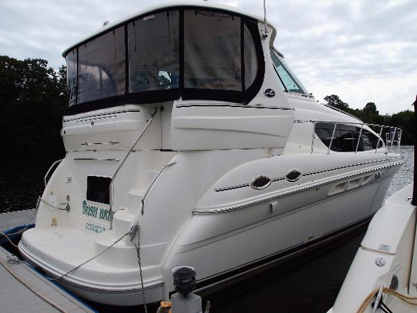 2005 Sea Ray 390 Motor Yacht