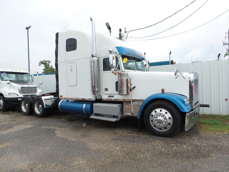 Freightliner Classic Xl cars for sale in Texas