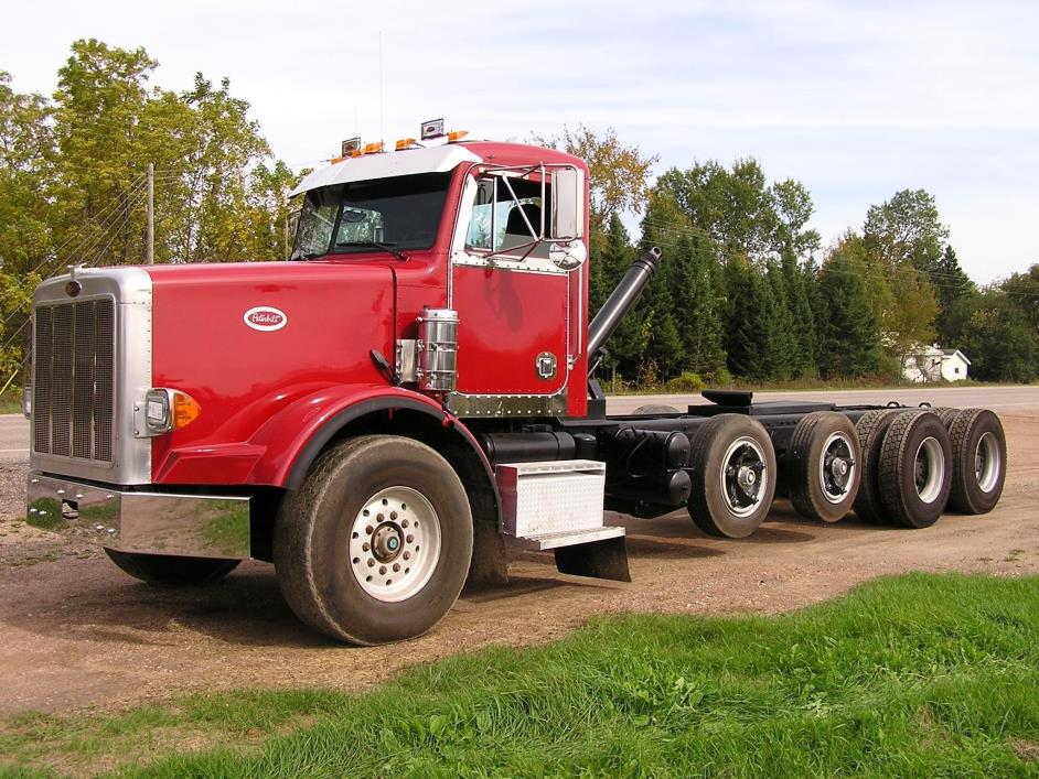 1990 Peterbilt 357 Cab Chassis