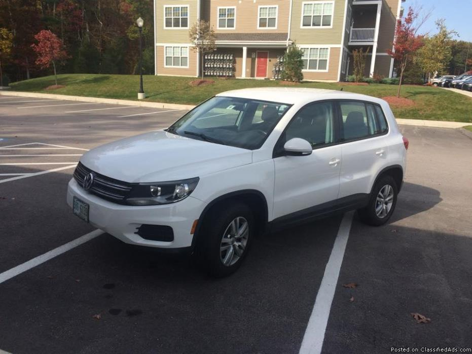 2013 Volkswagon Tiguan, MOVING, MUST SELL