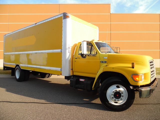 1995 Ford F700  Box Truck - Straight Truck