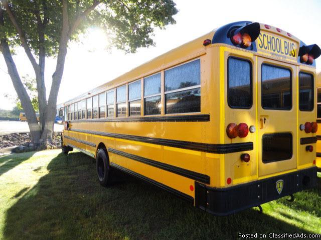 2010 77 Passenger IC CE Used School Bus 6.4 Diesel Engine (128463K3)