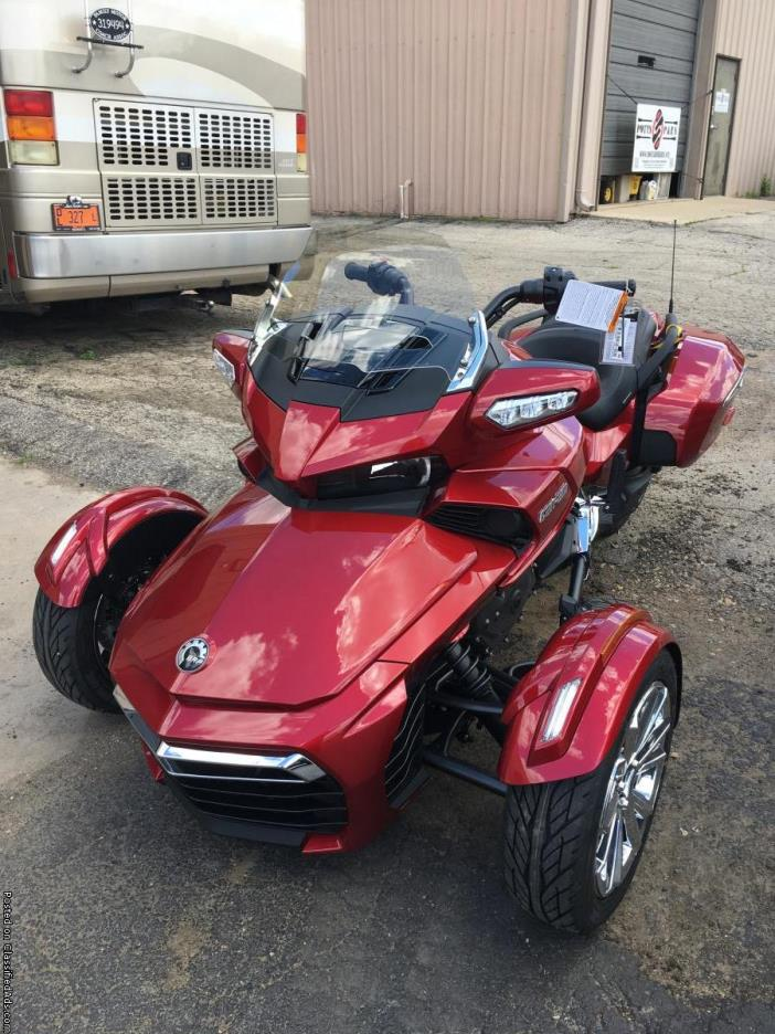SPYDER SALE! WAS $27,249.00! New 2016 Can-Am Spyder F3 Limited Motorcycle