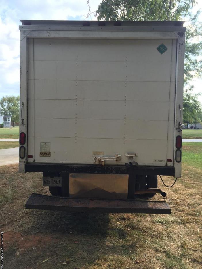 2007 14' Chevy Express 3500 box truck