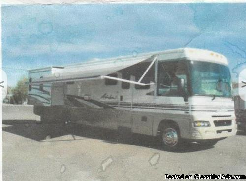 2003 Winnebago Adventurer