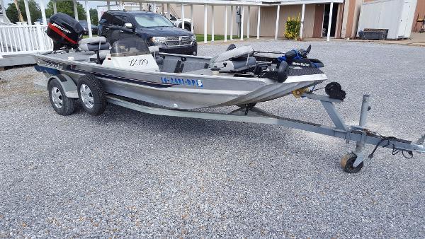 1996 Lakesport 17 Aluminum Welded Bass Boat