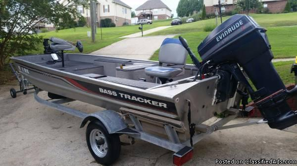 1997 BASS TRACKER PRO 16 with trailer & 40HP Motor